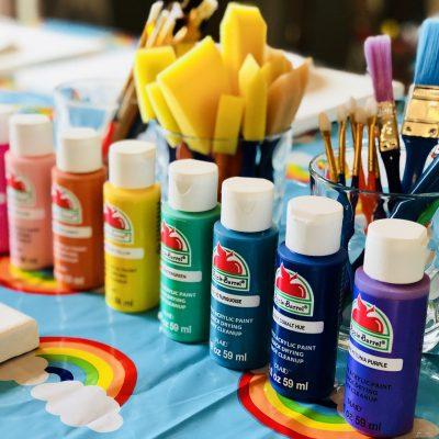 A Simple Rainbow Birthday Party