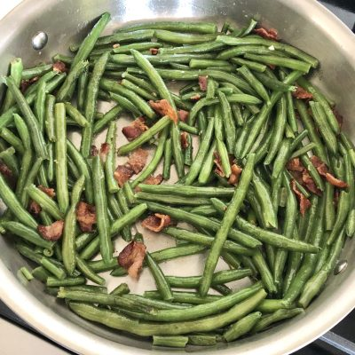 Grandma's Simple Bacon Green Beans