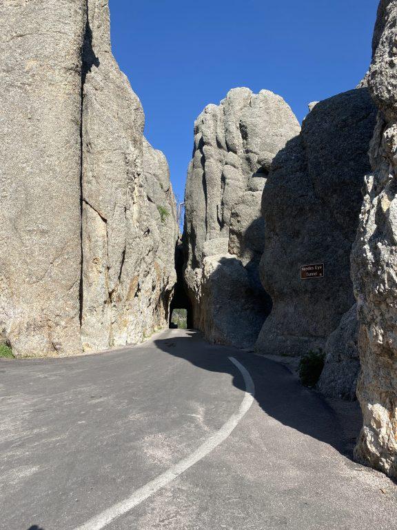 needles eye tunnel custer state park
