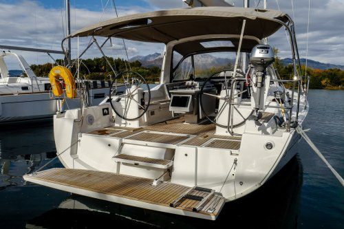 small resolution of beneteau oceanis 41 1 veda bath platform