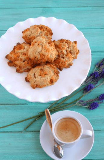Butterscotch scones with espresso