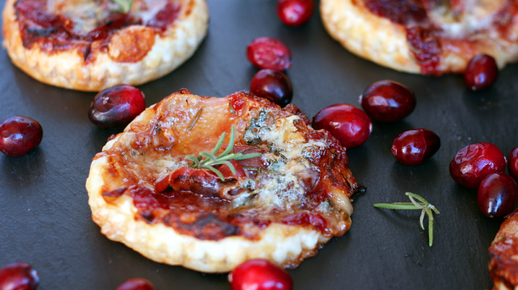 Prosciutto and Gorgonzola Puff Pastry Appetizers