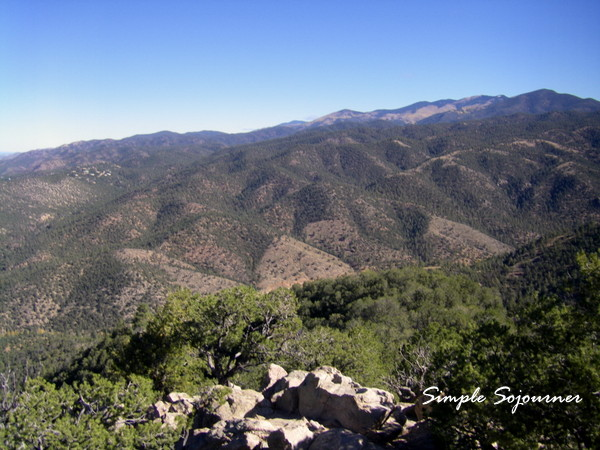 BEAUTIFUL MOUNTAIN RANGES