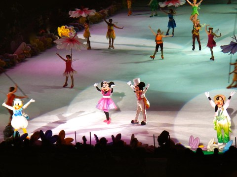 Disney on Ice Mickey & Minnie Party - Simple Sojourns