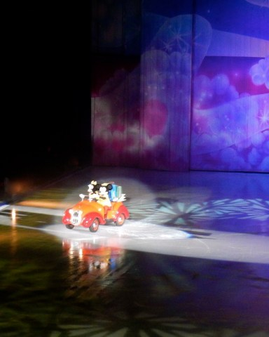 San Diego Disney on Ice Mickey and Minnie - Simple Sojourns