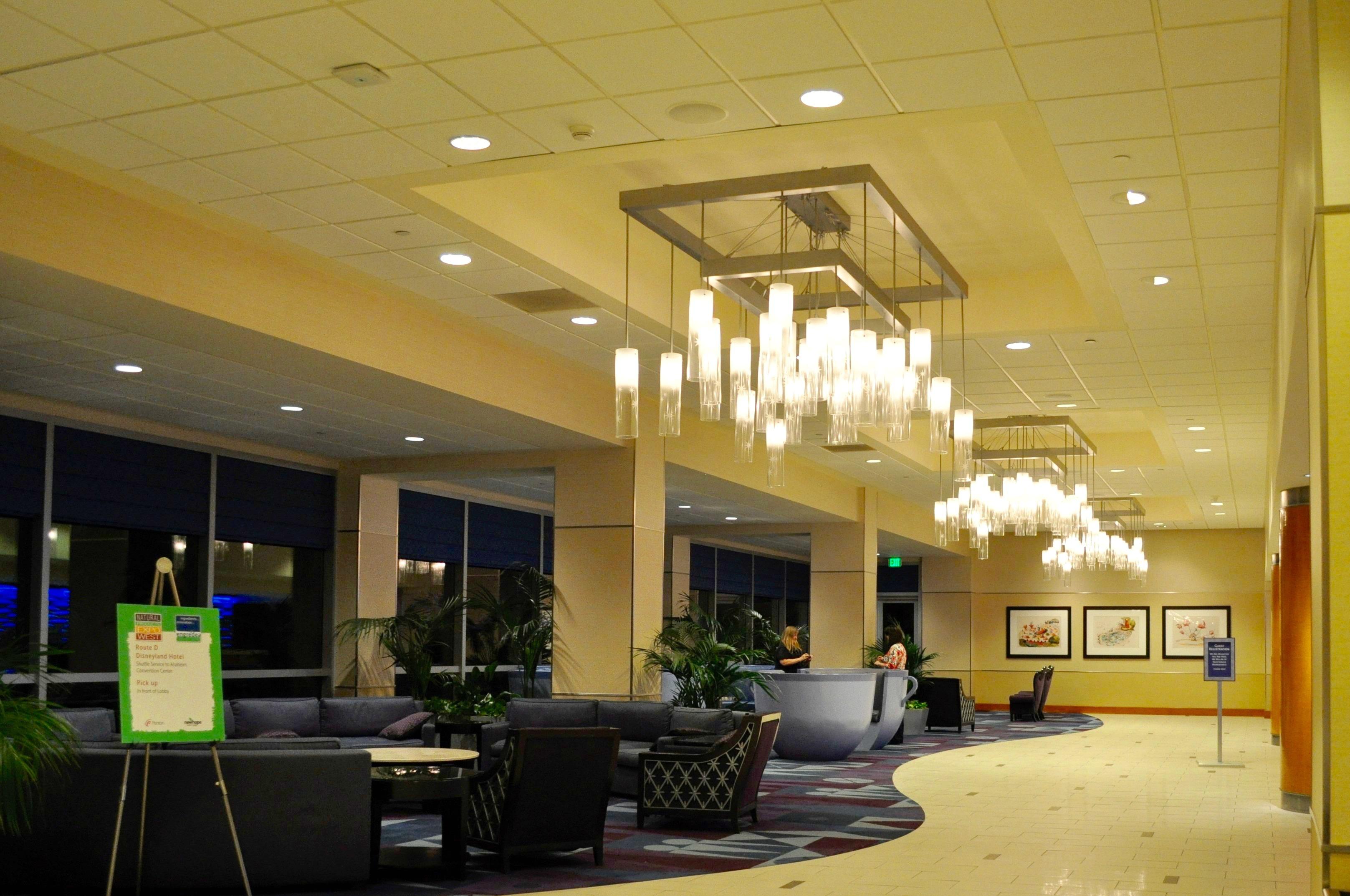 Disneyland Hotel Lobby - Simple Sojourns
