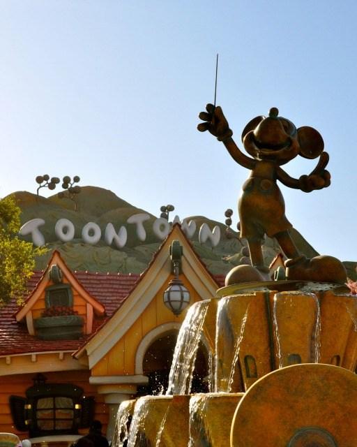 Disneyland Toontown - Simple Sojourns