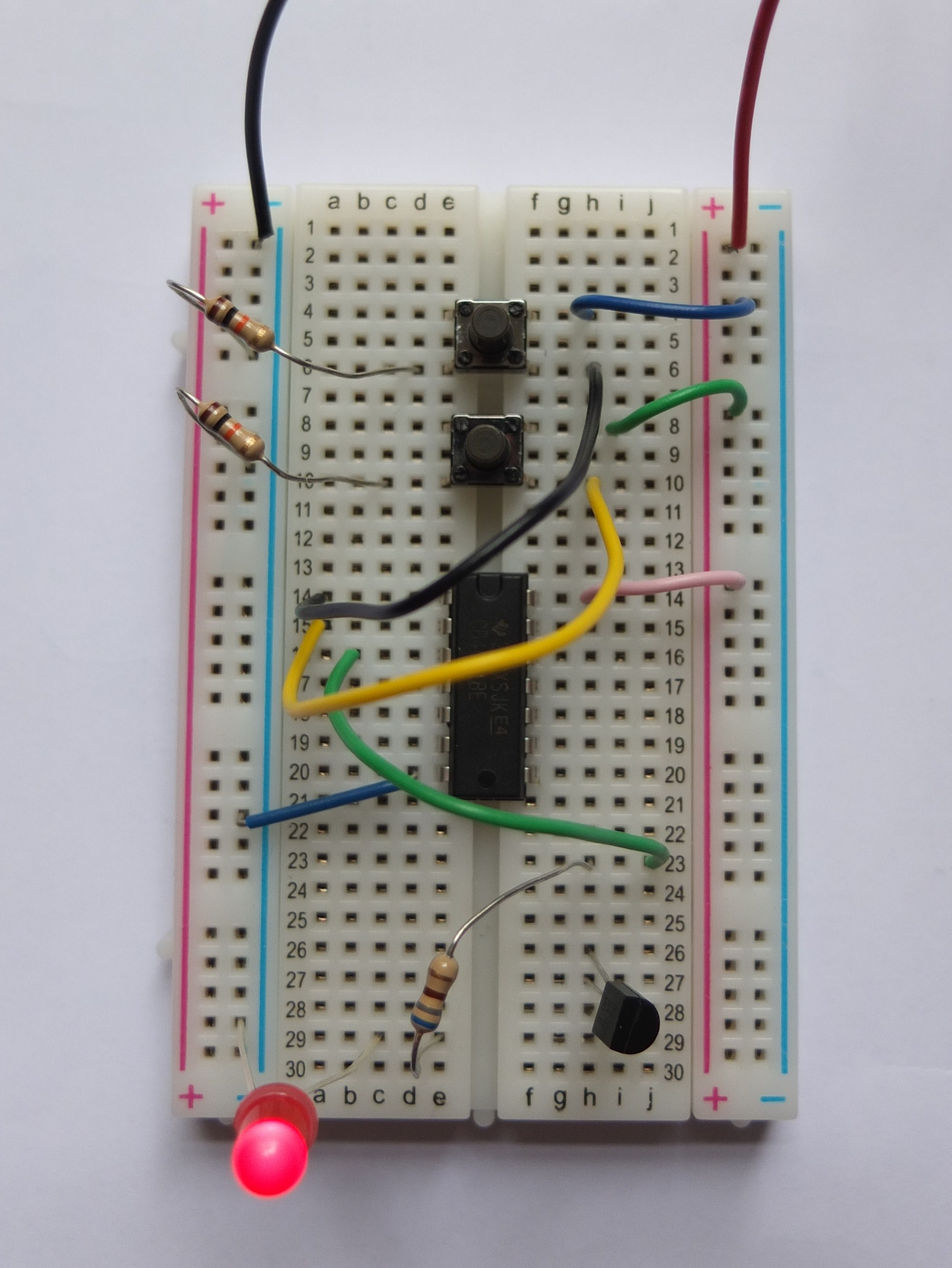 Two Led Flasher By Gate Of Ic 4011