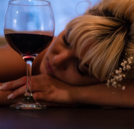 5 reasons to quit drinking alcohol