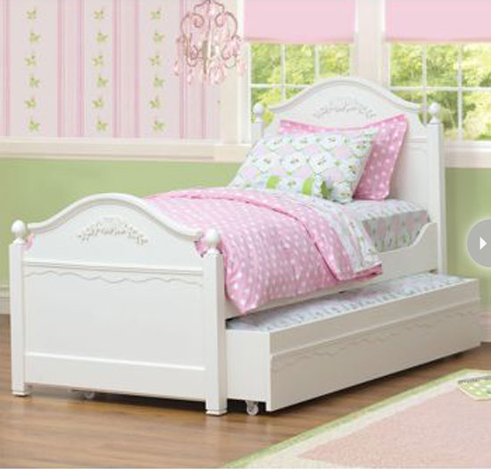 Decorating a girl s bedroom style at home simple style finds