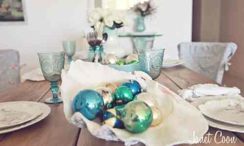 Blue Christmas ~ www.simplestylings.com