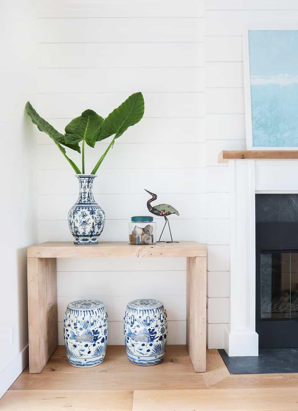 HOM-Modern-Farmhouse-With-Coastal-Flare-by-Blackband-Design-nook