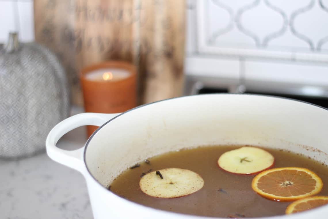 How To Decorate Your Kitchen for Fall + 2 Recipes! apple cider