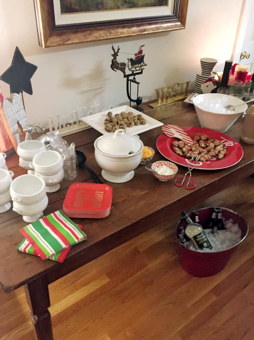How To Throw A Neighborhood Progressive Dinner Party chili