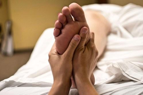 foot-massage-2277450_960_720