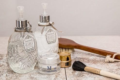 relax-clean-wash-bottle-cream-health-706297-pxhere.com