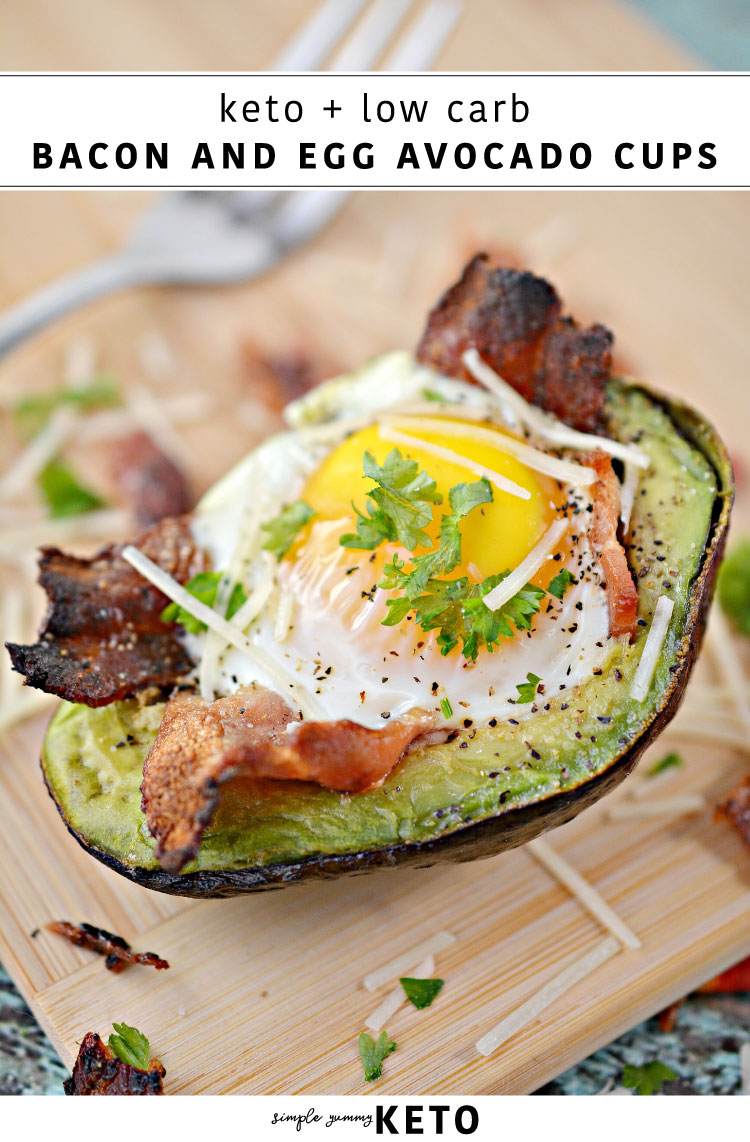 bacon egg avocado low carb / keto simple and quick meal