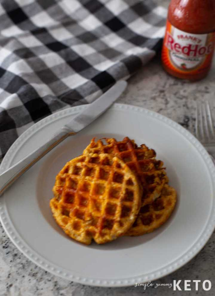 savory buffalo chicken chaffle - keto and low carb