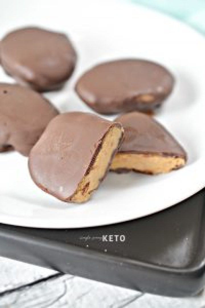 low carb and keto chocolate peanut butter eggs