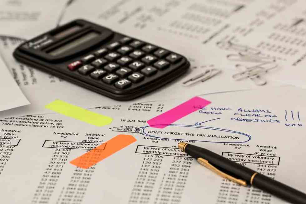 pixabay taxes