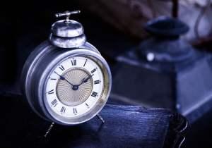 pixabay clock insomnia