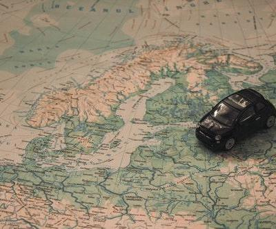 9 Packing Tips for Family Road Trips