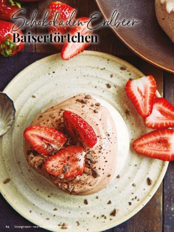 Rezept - Schokoladen-Erdbeer-Baisetörtchen - Simply Kreativ - Neue Rezepte für den Thermomix® - 04/2018