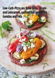 Rezept - Low-Carb-Pizza aus Roter-Bete, Sesam und Leinsamen, garniert mit gegrilltem Gemüse und Feta - Simply Kreativ Healthy Diät-Sonderheft - Keto-Diät - 01/2019