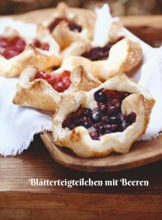 Rezept - Blätterteigteilchen mit Beeren - Simply Kochen Sonderheft Zuckerfrei 01/2019