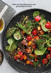 Rezept - Salat mit Kirschtomaten und geröstetem Gemüse - Healthy Vegan 04/2019