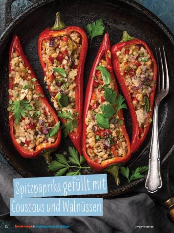 Rezept - Spitzpaprika gefüllt mit Couscous und Walnüssen - Simply Kochen Sonderheft - Ernährung in der Schwangerschaft - mit Nina Kämpf von Mamaaempf