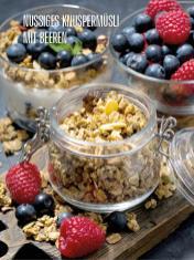 Rezept - Nussiges Knuspermüsli mit Beeren - Bewusst Lowcarb Sonderheft - 02/2019