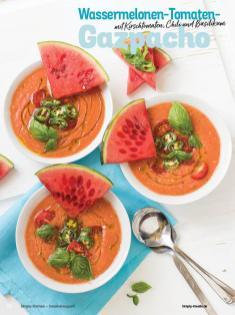Rezept - Wassermelonen-Tomaten-Gazpacho mit Kirschtomaten, Chili und Basilikum - Simply Kochen Sonderheft Sommer-Suppen