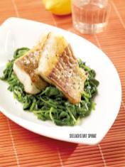 Rezept - Seelachs mit Spinat - Bewusst Low Carb Sonderheft: Fasten – 02/2020