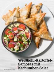 Rezept - Weisskohl-Kartoffel-Samosas mit Kachumber-Salat - Vegan Food & Living – 04/2020