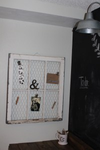how ive repurposed old window panes.   simply chic.