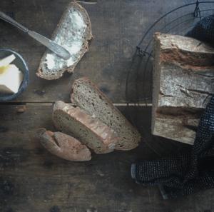 Food -Freshly baked bread