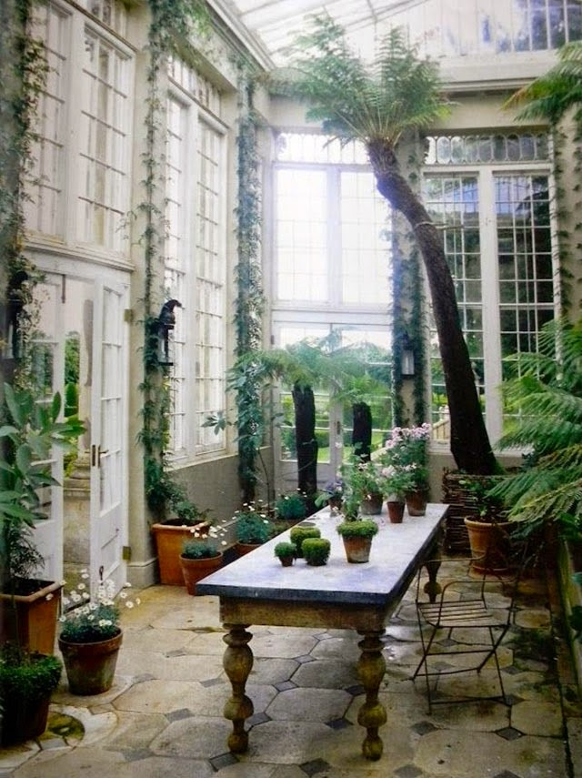 Greenhouses and orangeries
