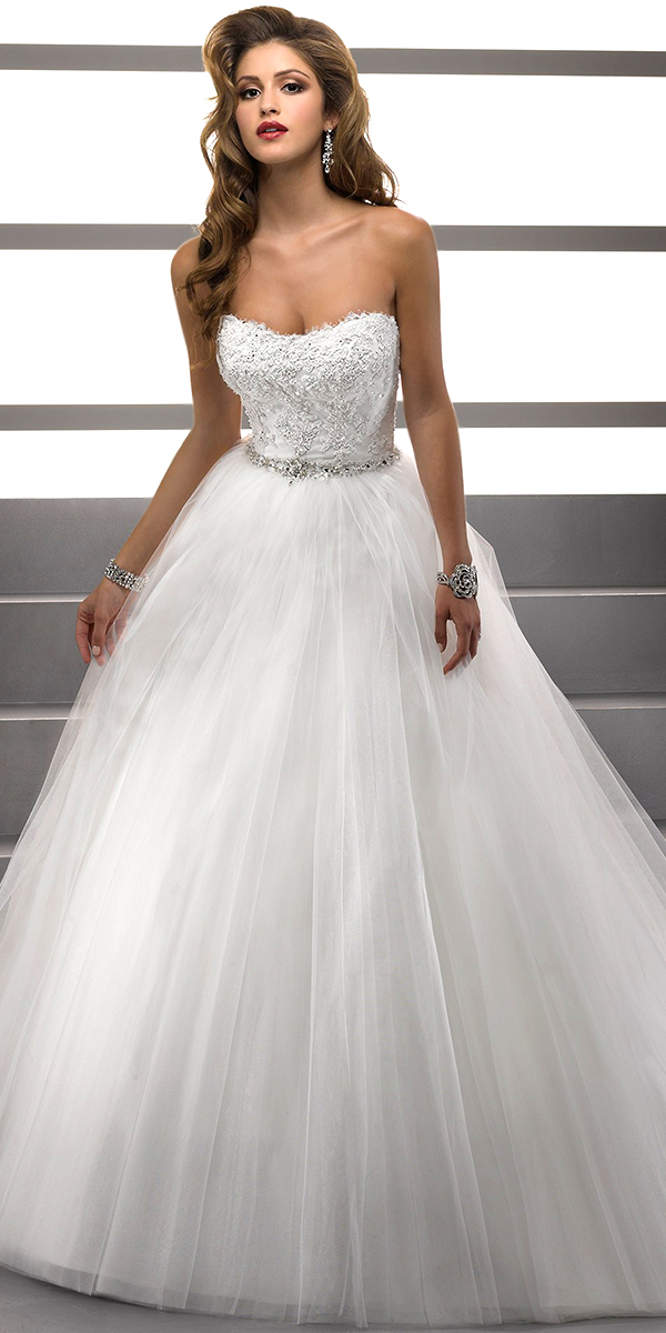 A Line Sweetheart Wedding Dress With Lace Applique And Beaded Waistband Sexy Womens Bridal Gowns