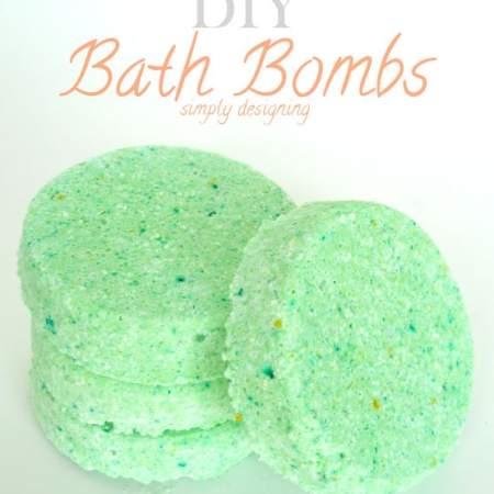 DIY Bath Bomb Recipe {Pear}