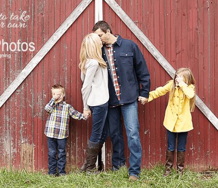 11 Tips to Take Your Own Family Photos