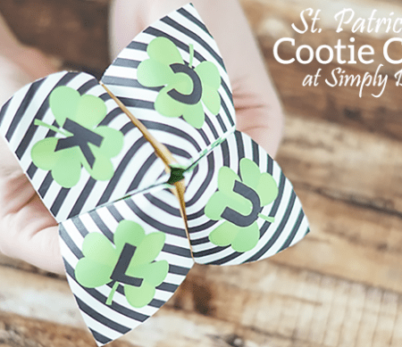 St Patricks Day Cootie Catcher