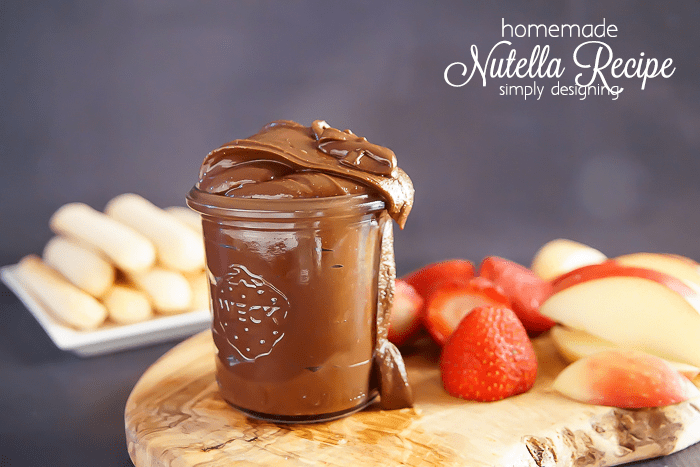 Homemade Nutella Recipe - I love that I can controll the ingredients in this homemade hazelnut spread recipe