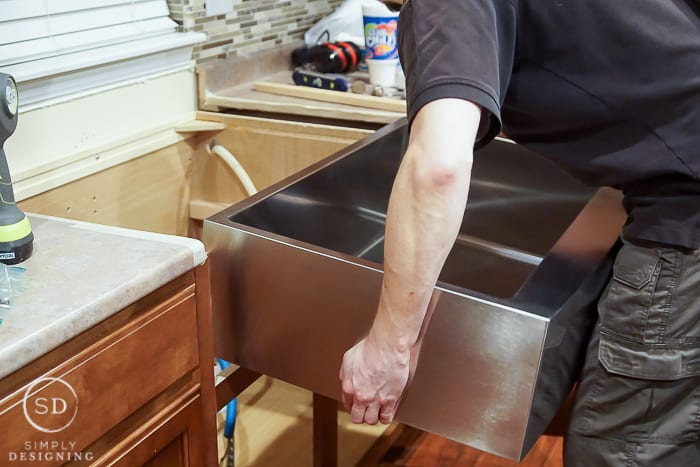 install apron front sink