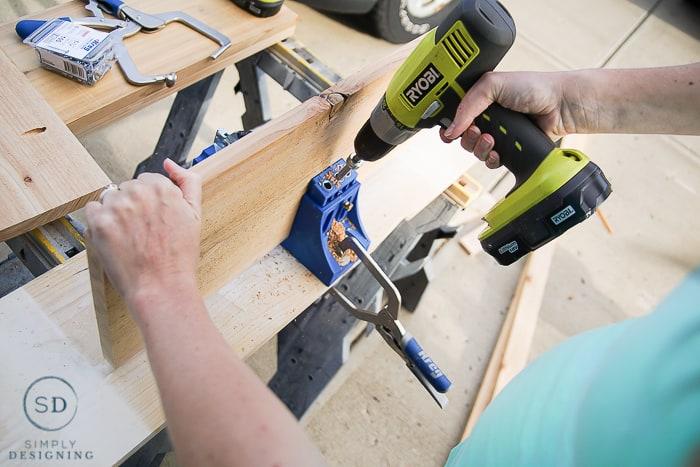 DIY Outdoor Beverage Cart - kreg jig for pocket holes