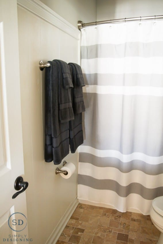 Kids Bathroom Makeover - new towels after