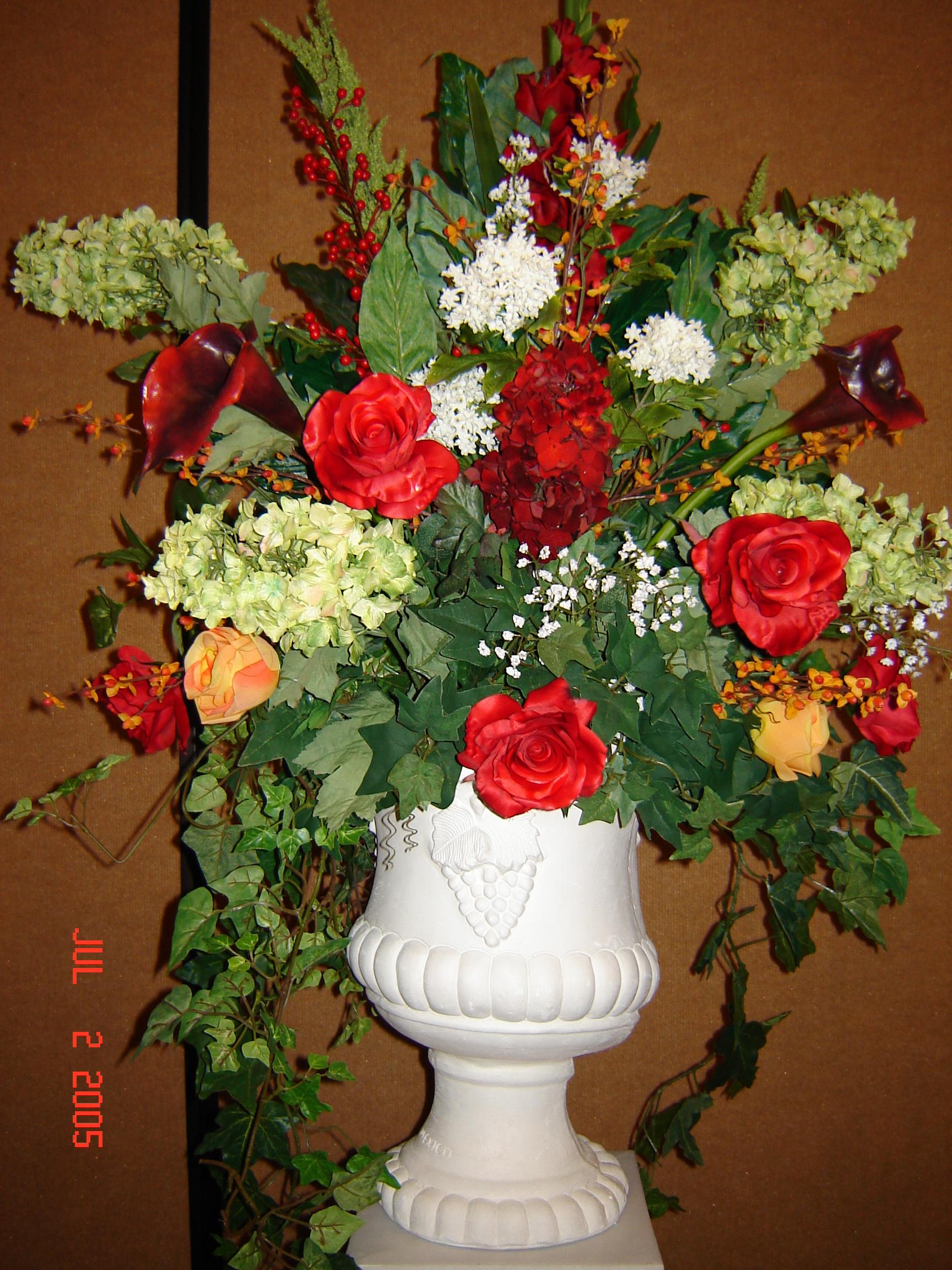Simply Elegant Weddings Flower Arrangements
