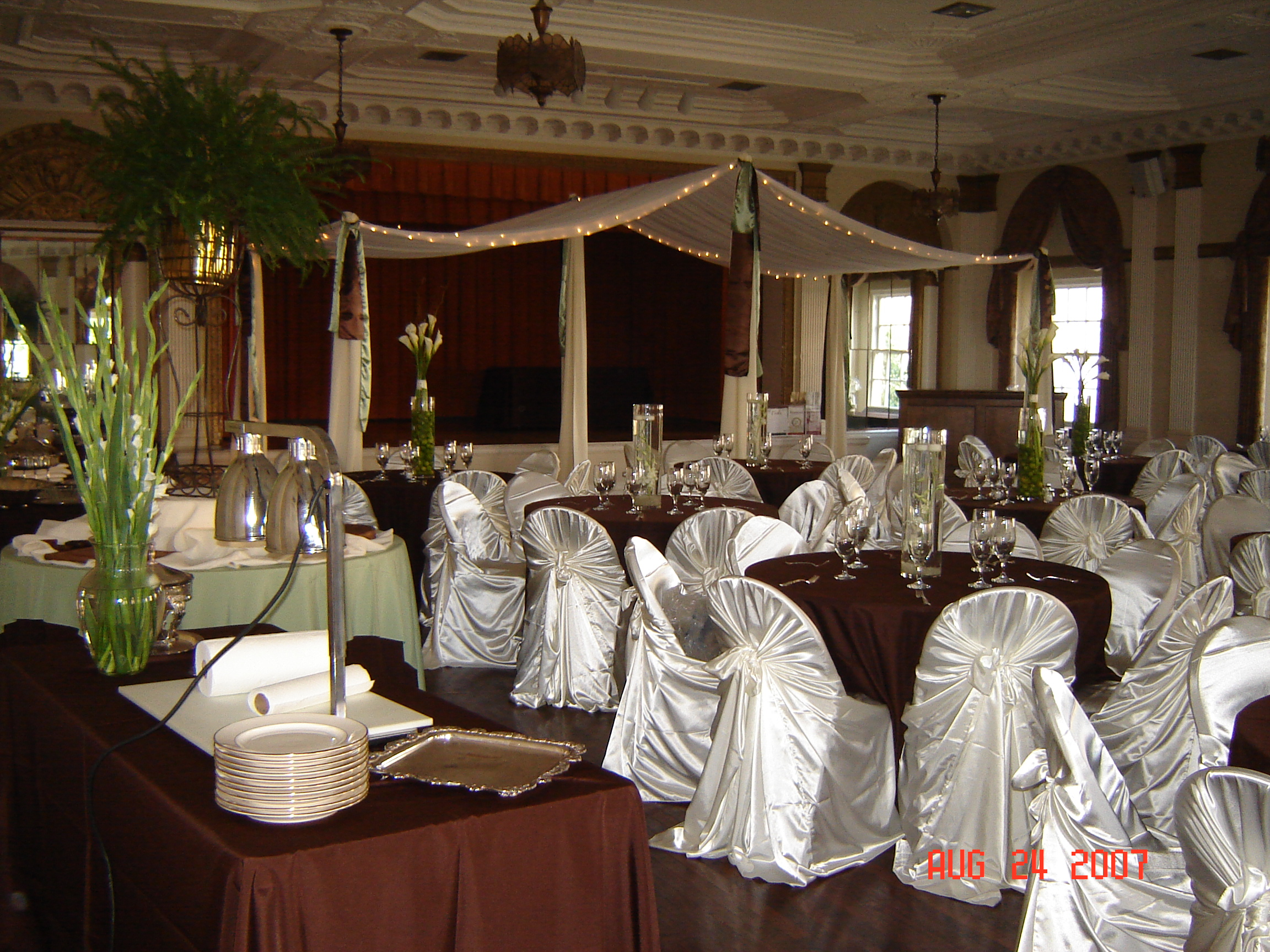 chair cover rentals dallas texas spandex folding covers amazon simply elegant weddings cake stands silver gold