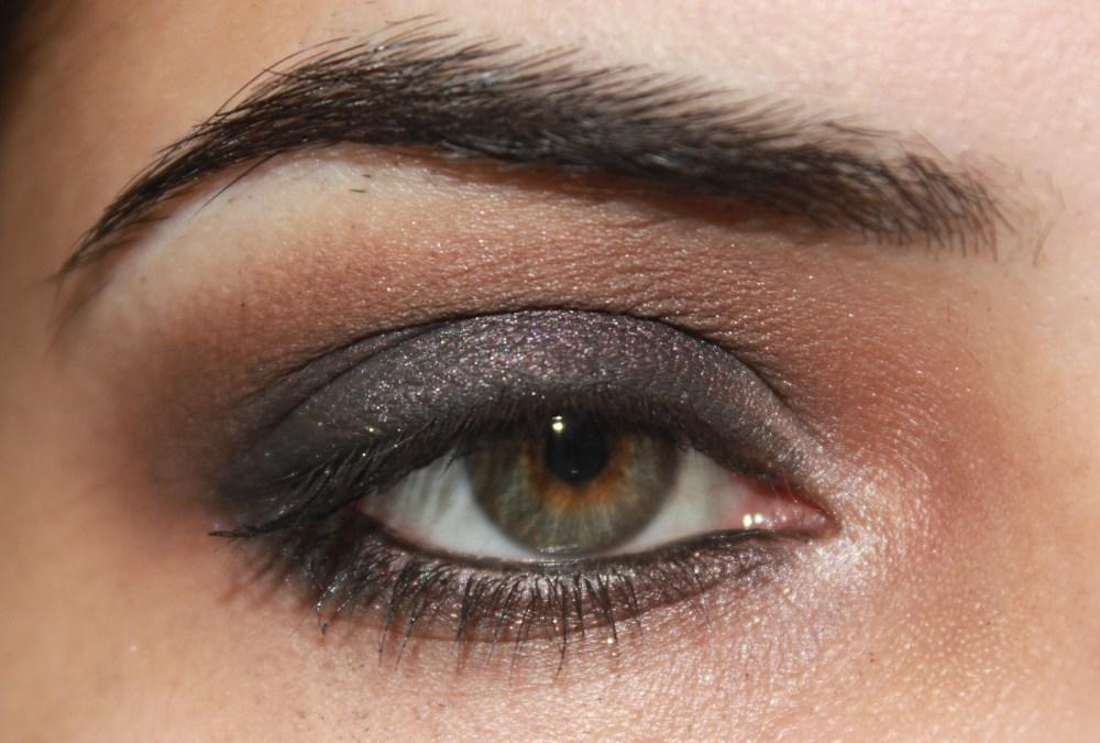 LORAC Pro palette : Grey Toned Purple Eye Look (2/3)