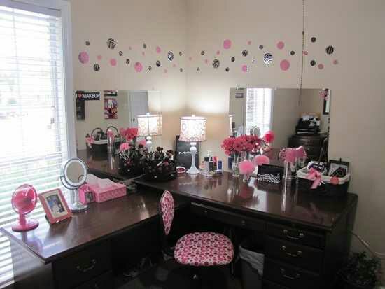 23 DIY Makeup Room Ideas Organizer Storage and Decorating